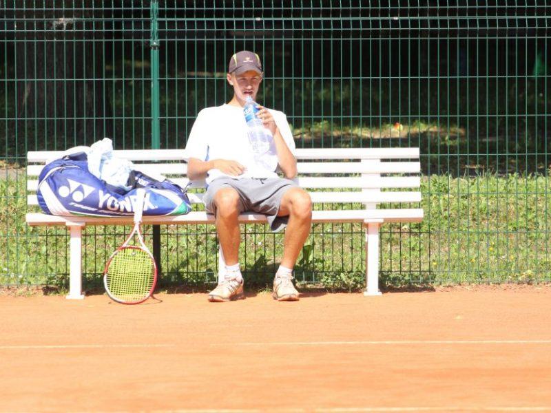 Tenisininkas J. Tverijonas Portugalijoje šventė lengvą pergalę