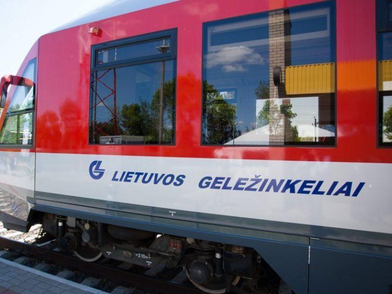 """""""Lietuvos geležinkeliai"""" nenutrauks sutarties su """"Sigmen"""", nepaisant ryšių su Rusija"""