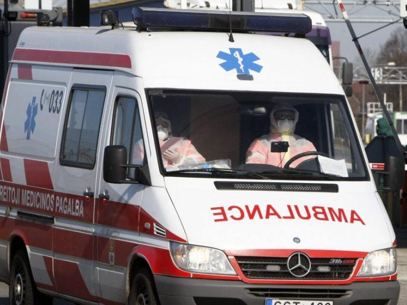 Apnuogino sistemos piktžaizdę: paramedikai jaunos moters gyvybės išgelbėti tiesiog nespėjo