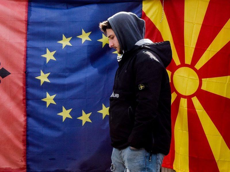 Atsigaunanti ES į plėtrą meta atsargų žvilgsnį