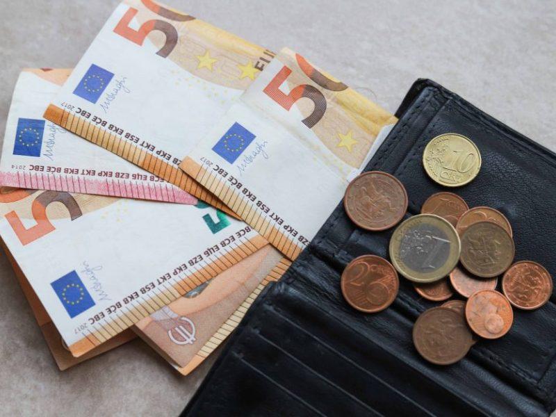 Siekiama sukurti sąlygas pensijų fondams prisidėti prie Pagalbos verslui fondo