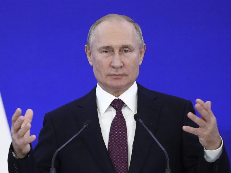 """V. Putinas Vikipediją žada pakeisti """"patikima rusiška versija"""""""
