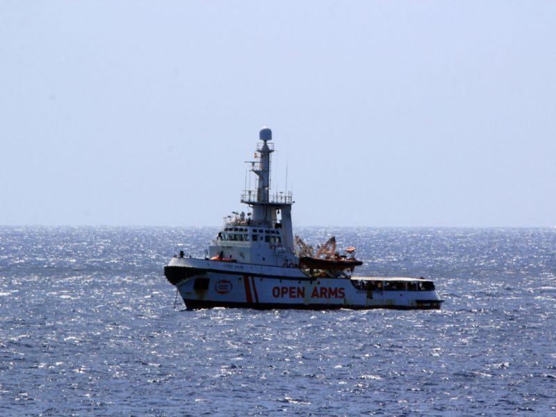Italija priims Viduržemio jūroje organizacijų išgelbėtus 237 migrantus