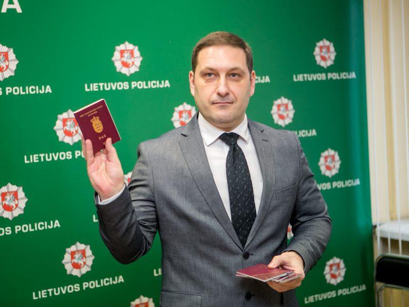 Kaune išaiškinta asmens dokumentus padirbinėjusi grupuotė