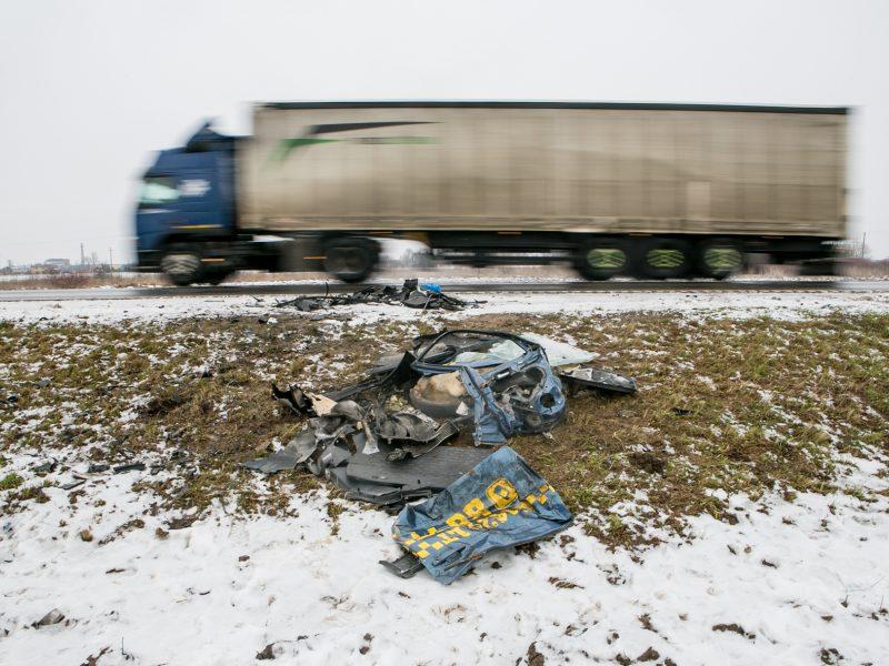 Tragiškos avarijos pakaunėje, Rokų plente, vieta