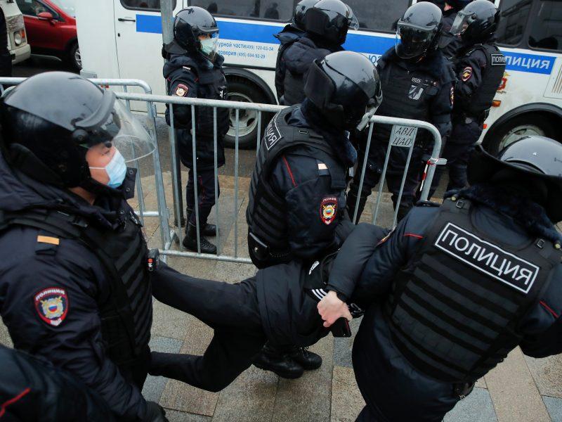 Maskvoje areštuojami protestuojantys A. Navalno šalininkai