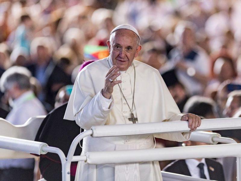 Pasaulis laukia, ar popiežius Lietuvoje prabils apie seksualinio išnaudojimo skandalą