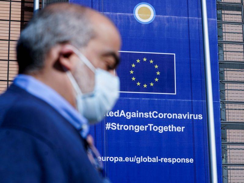 Popiežius ragina Europos Sąjungą solidariai kovoti su virusu