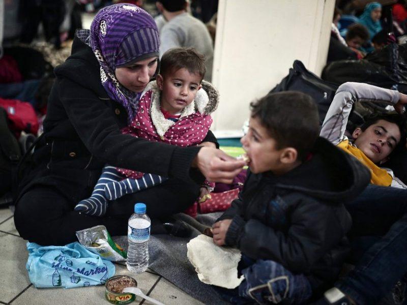 Užsieniečių registracijos centre – baisūs pažeidimai: vaikai laikomi už grotų