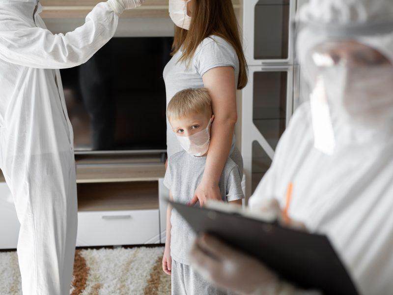 Eksperimentas prasidėjo, bet į klases sugrįžo ne visi pradinukai: kai kurių tėvai išliko skeptiški