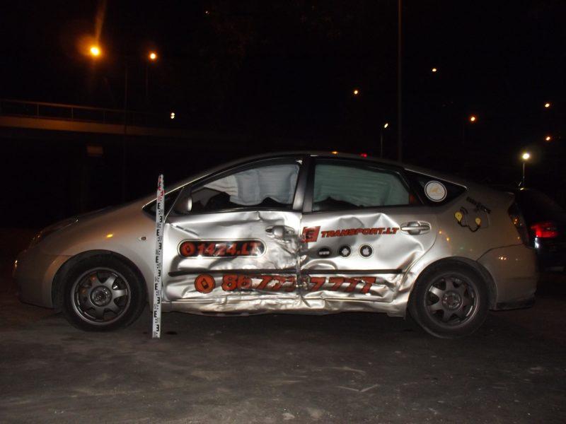 Šiauliuose avariją sukėlė girtas taksi vairuotojas, sužeista keleivė