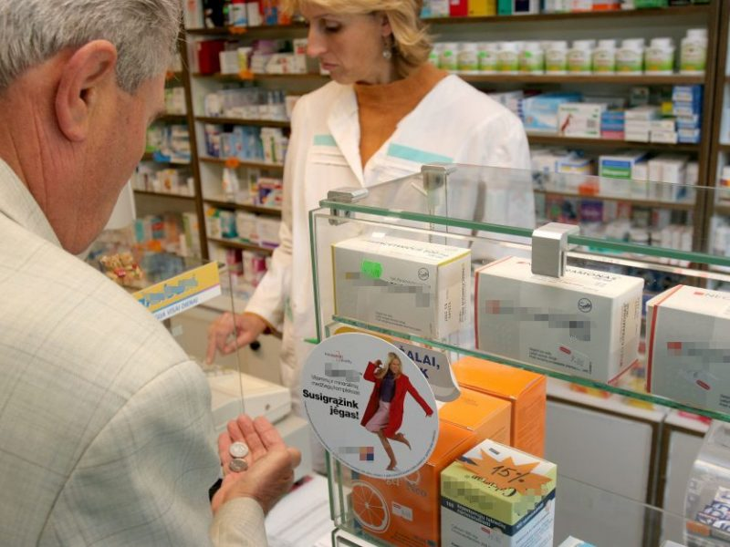 Leidus steigti valstybines vaistines mažosios būtų išstumtos iš rinkos?