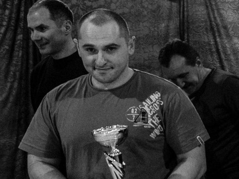 Nuo COVID-19 mirė 37-erių Lietuvos sunkiaatletis