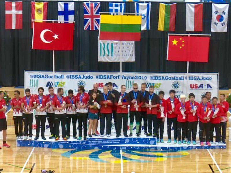 Lietuvos sportininkai iškovojo auksą ir bilietą į Tokiją