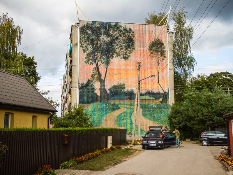 Freska ant Kauno daugiabučio