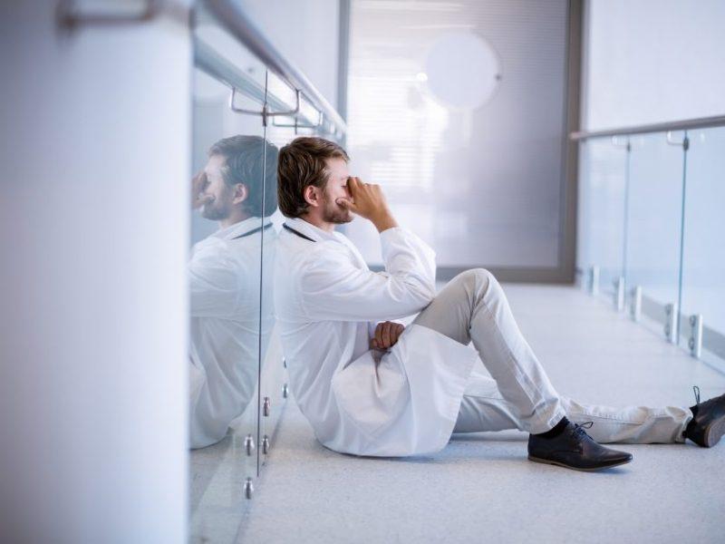 Naujos įstatymo pataisos: kiek kainuos gydytojų ramybė?