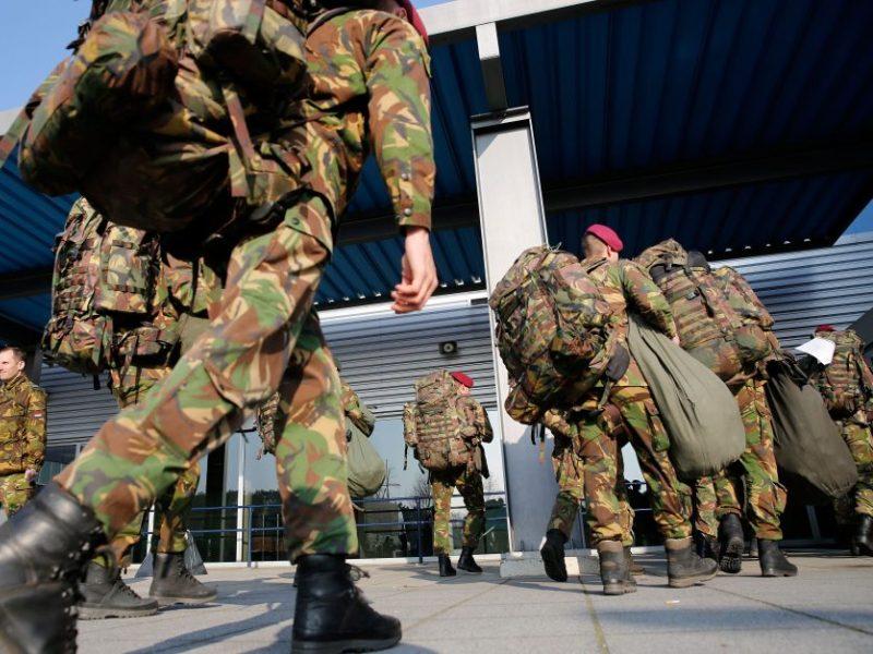 Sulaikytas girtas NATO karys, įtariamas dalyvavęs plėšime
