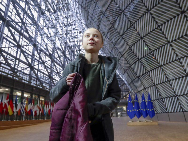 G. Thunberg: moterims reikia lygybės, o ne sveikinimų