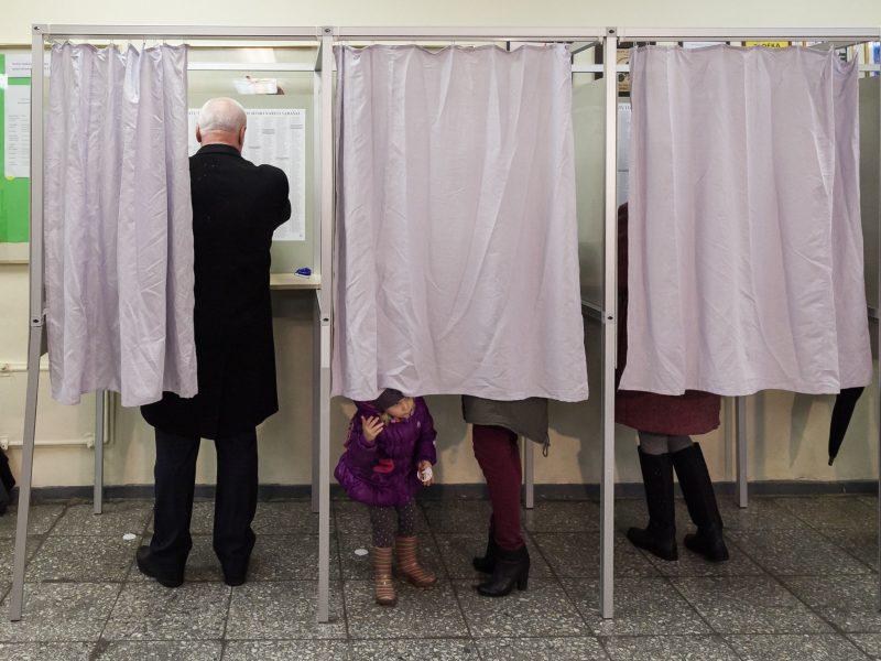 Seimo rinkimai Žirmūnų, Gargždų ir Žiemgalos apygardose: balsavo 18 proc. rinkėjų