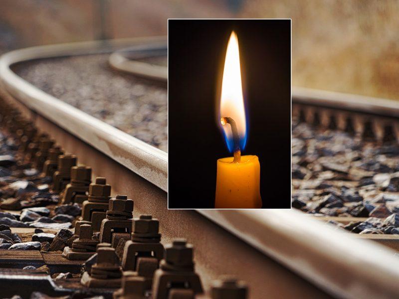 Radviliškio stotyje traukinys pervažiavo ir mirtinai sužalojo ant bėgių gulėjusią jauną moterį
