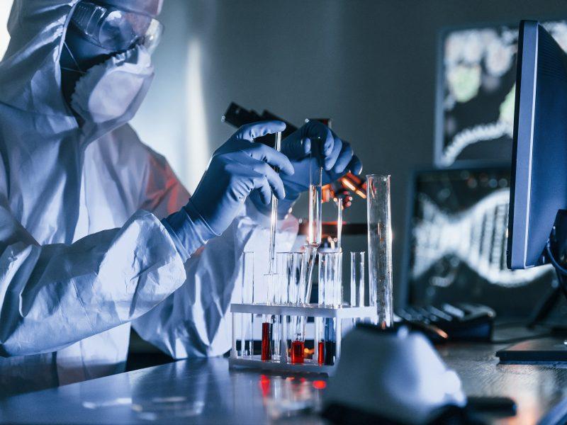 Mokslininkai siūlo steigti konsorciumą COVID-19 genomo tyrimams
