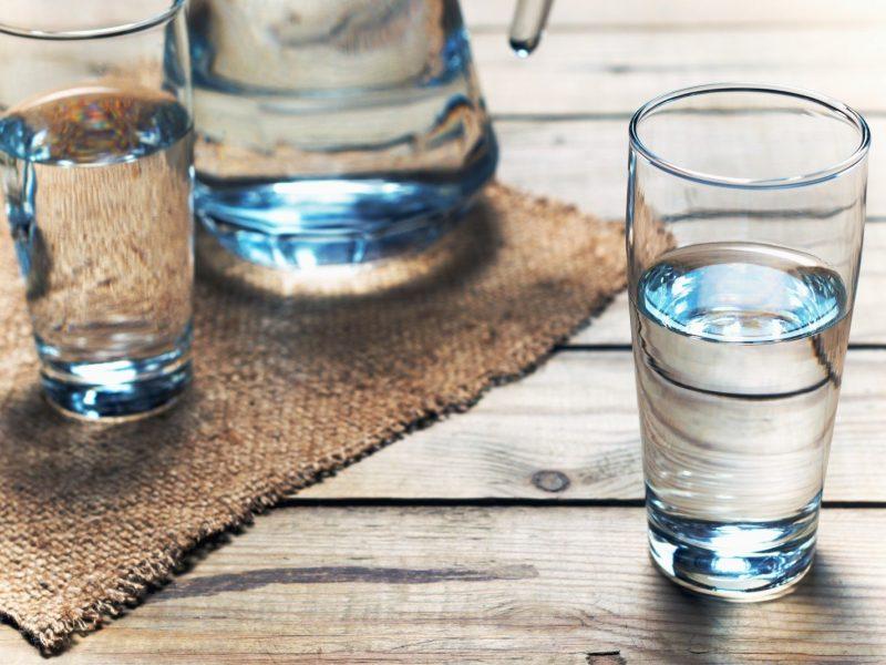 Karščiai varo į neviltį: vandens kai kur trūksta šimtams žmonių
