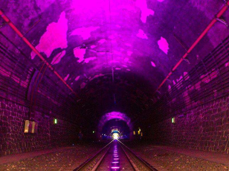 Inovatyvi ekspozicija Kauno geležinkelio tunelyje