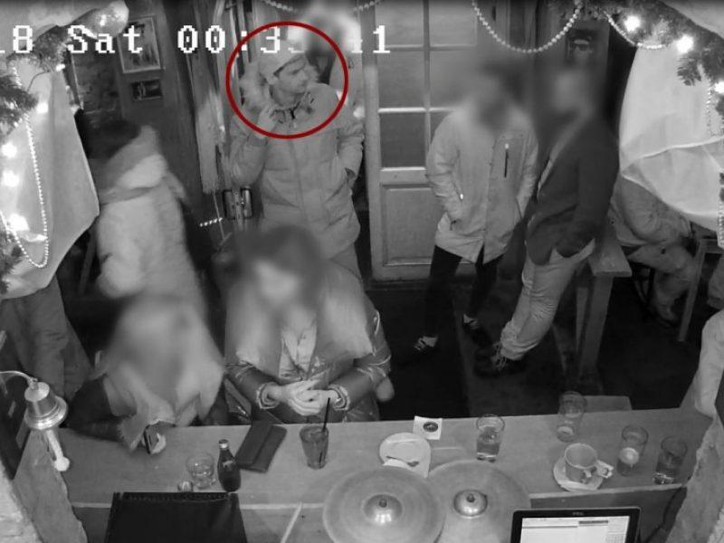 Pareigūnai prašo atpažinti kamerų užfiksuotą žmogų