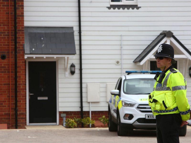 Londono policija surengė reidą mokykloje, kur švęsti vestuvių susirinko 400 žmonių