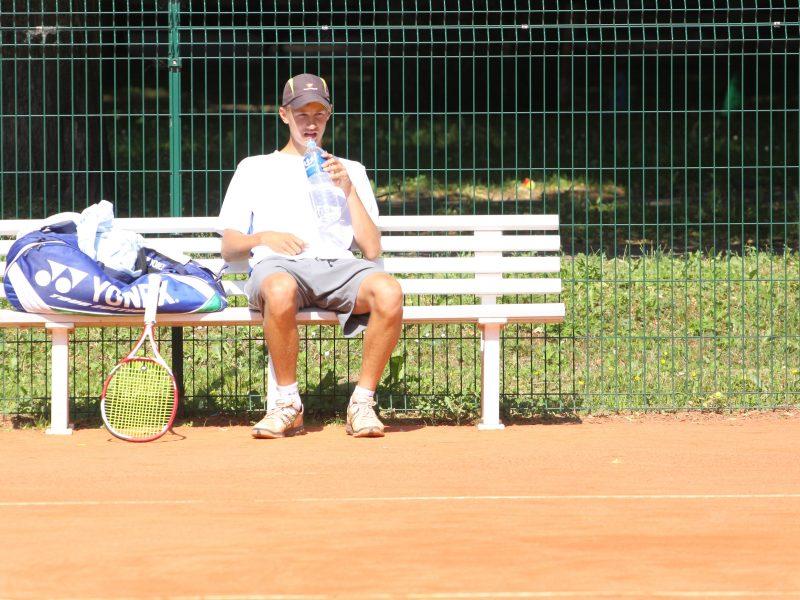 Tenisininkas J. Tverijonas Portugalijoje pergale pradėjo dvejetų varžybas