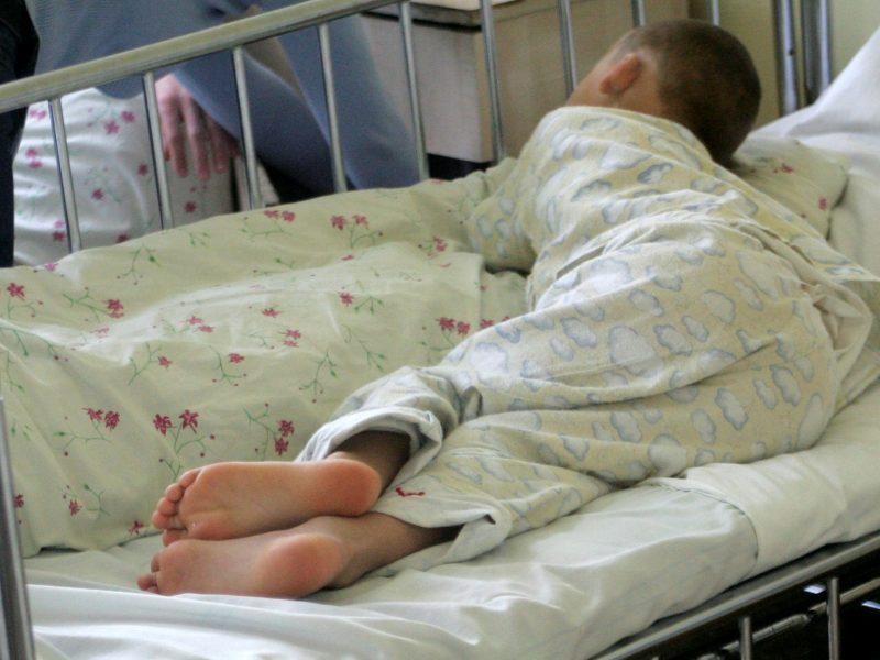 Po klasės draugo smūgių vaikas atsidūrė ligoninėje