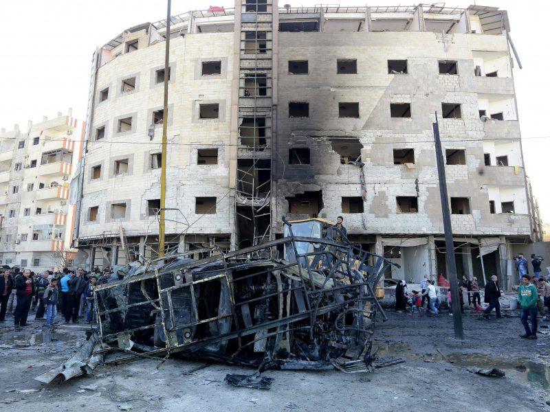 """""""Islamo valstybės"""" išpuolio aukų Sirijoje padaugėjo iki 71"""