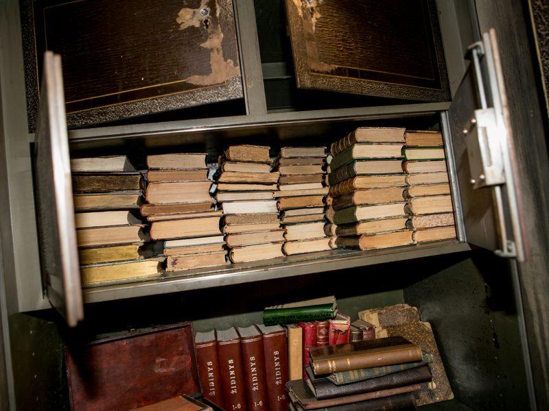Įminta V. Kudirkos viešosios bibliotekos seifo mįslė
