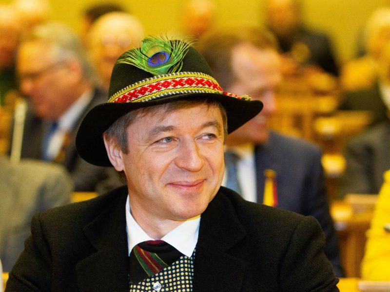 """Teismas iš dalies patenkino LVŽS skundą dėl paslėptos politinės reklamos """"Naisių vasaroje"""""""