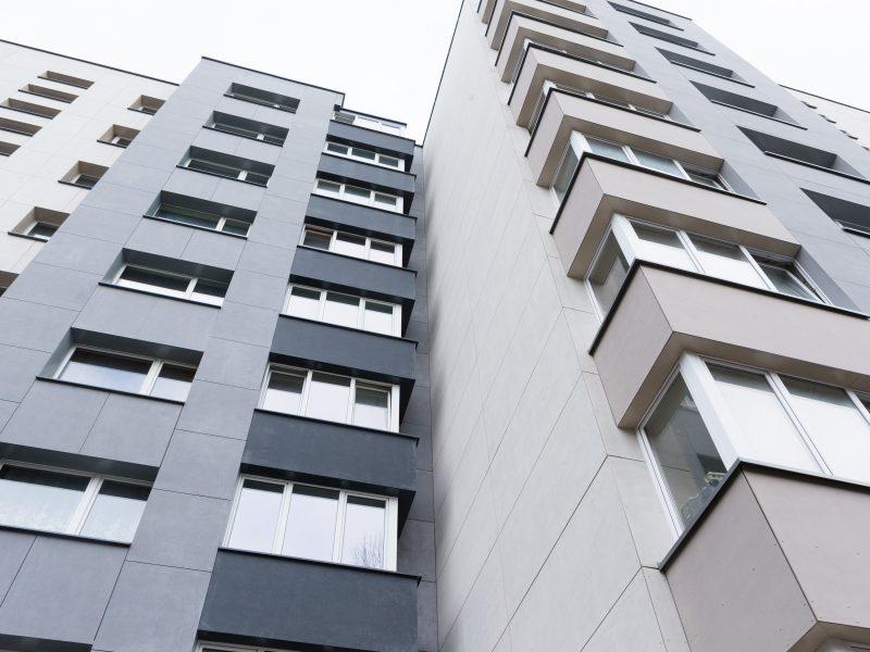 Metų renovacijos projektais išrinkti daugiabučiai Marijampolėje ir Šiauliuose
