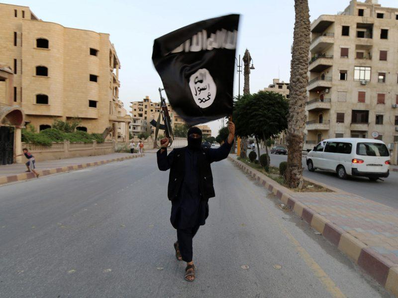 JT skelbia kovą keliaujantiems teroristams