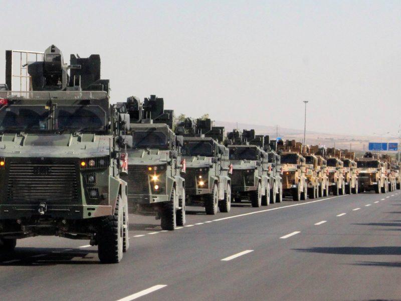 Turkija pradėjo bombardavimą Sirijoje