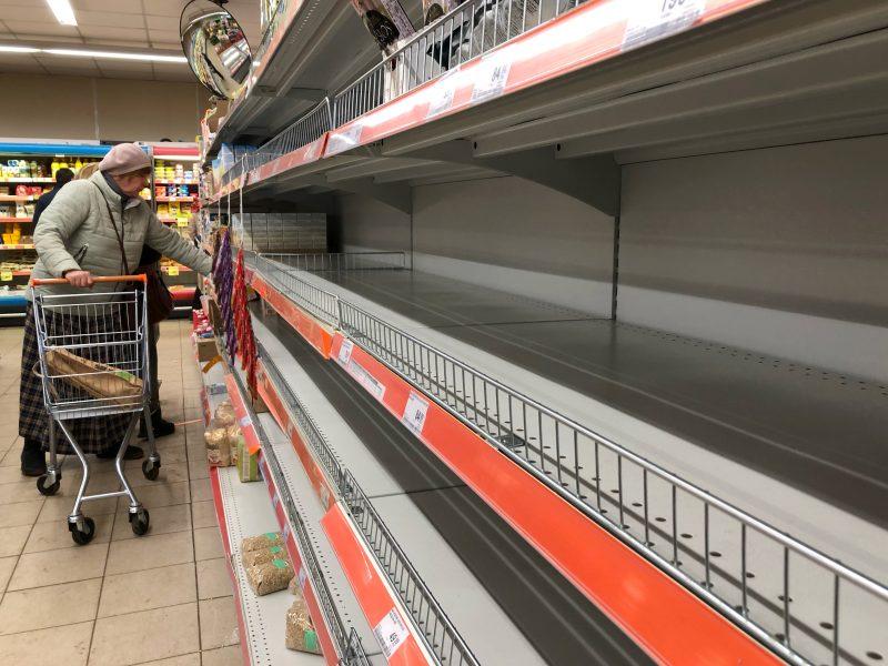 Konkurencijos taryba: dėl kainų reguliavimo gali trūkti būtiniausių prekių