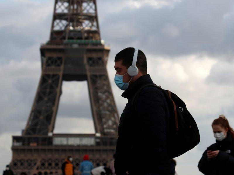 Prancūzija griežtina sienų kontrolę, siekdama išvengti karantino