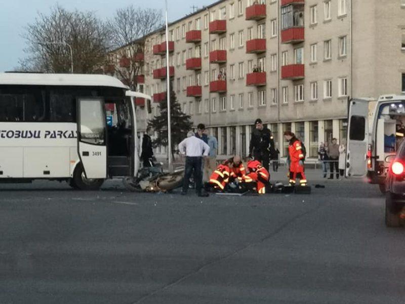 Tragiškas Didysis penktadienis: žuvo jaunas motociklininkas