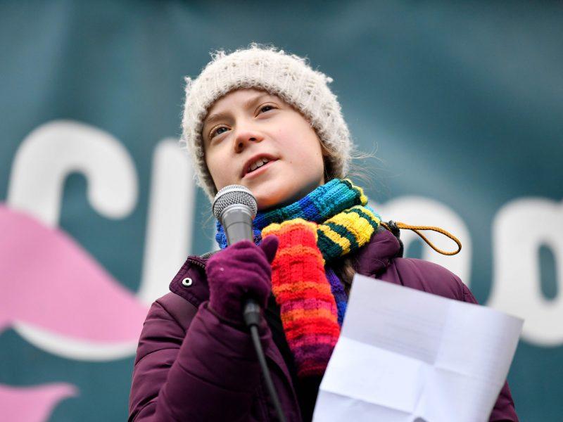 Dėl koronaviruso G. Thunberg ragina klimato streikus perkelti į internetą