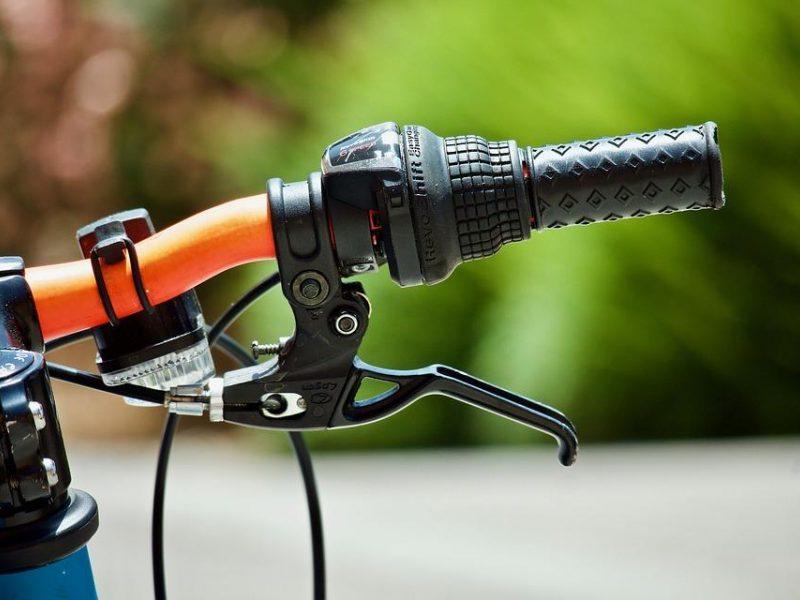 Vilniuje partrenktas ir sunkiai sužalotas dviratininkas