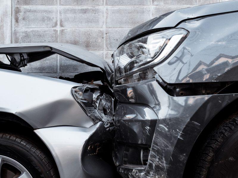 Praėjusią parą šalyje per eismo įvykius sužeisti 11 žmonių, tarp jų mažametis