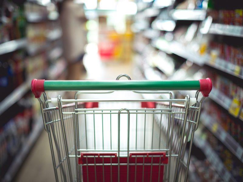 ŽŪM: šalyje nežymiai auga kai kurių maisto produktų kainos