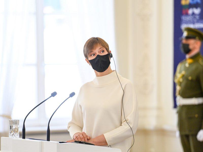 K. Kaljulaid: Estija pirktų trečiųjų šalių vakcinų, jei jas patvirtintų EVA