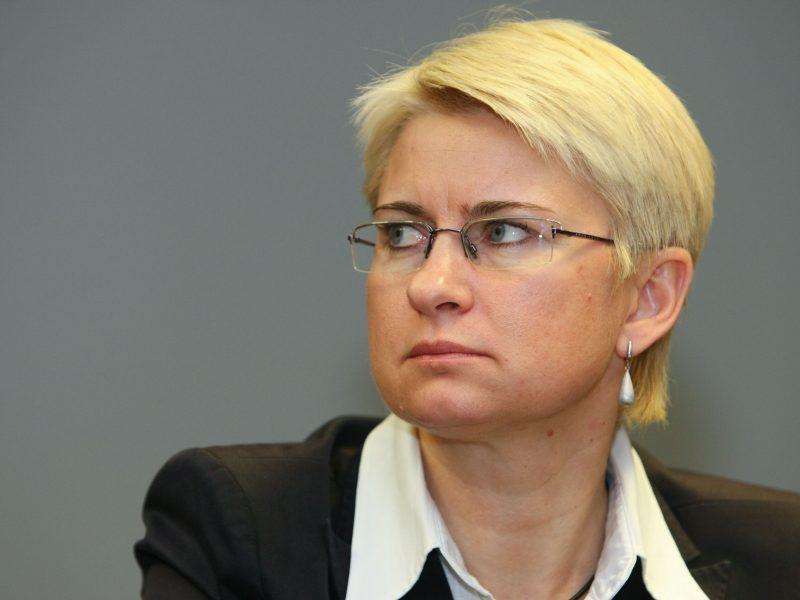 Buvusi teisėja N. Venckienė šiandien iš JAV bus parskraidinta į Lietuvą?
