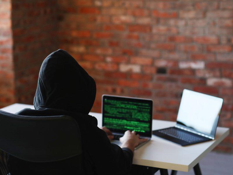 Nutekinti asmens duomenys: kaip sumažinti rizikas ir apsisaugoti nuo sukčių