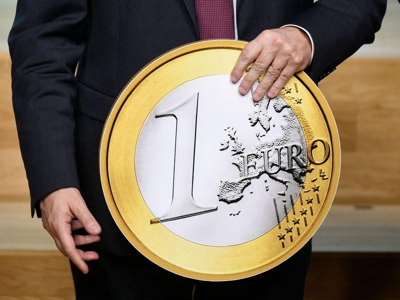 Lietuvos bankams – milijonai, indėlininkams – nulis