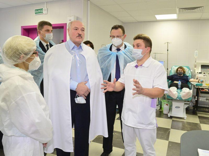 Baltarusijoje antrą dieną fiksuotas sergamumo COVID-19 rekordas, mirė septyni žmonės