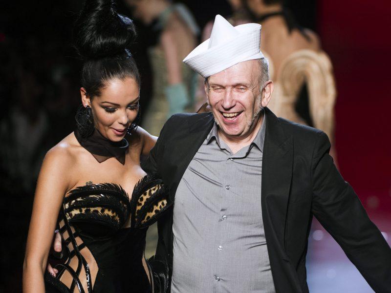 Karjerą baigia aukštosios mados dizaineris J.-P. Gaultier